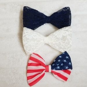 Blue white and red bows